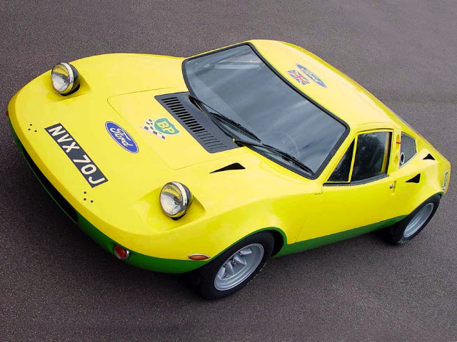 ford_gt70_yellow_01.jpg