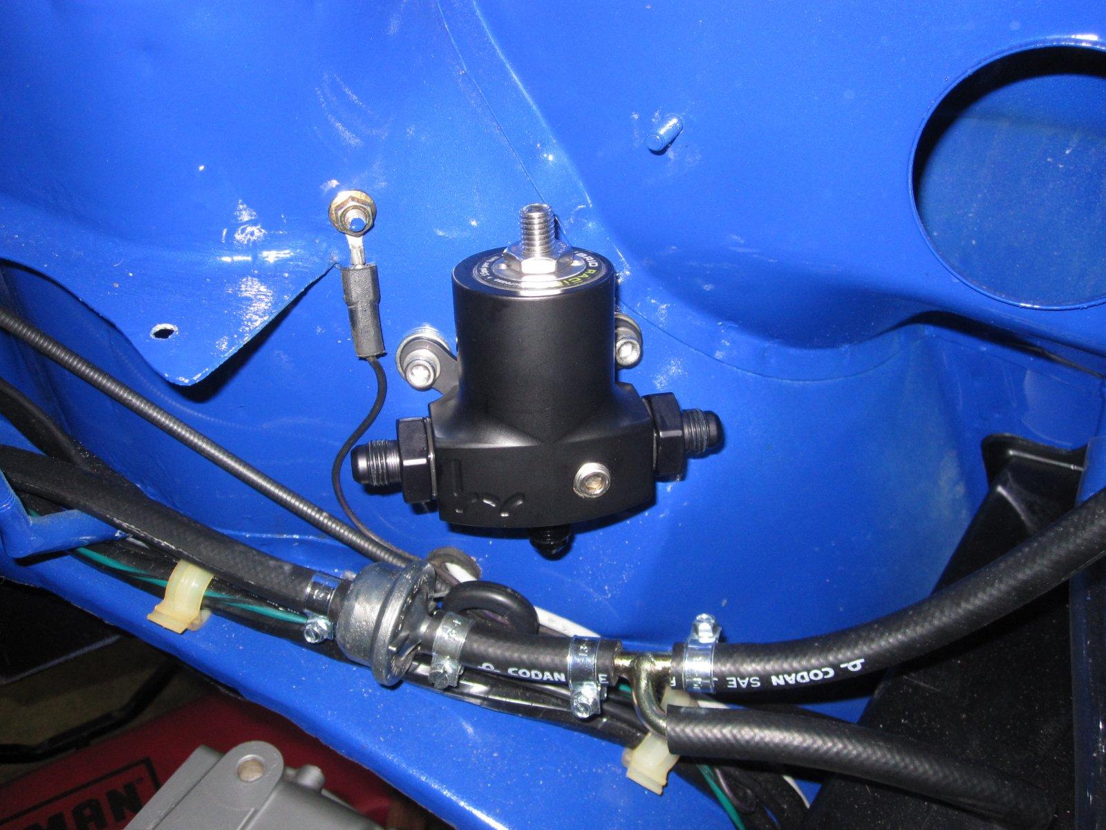 Fuel system 06.JPG