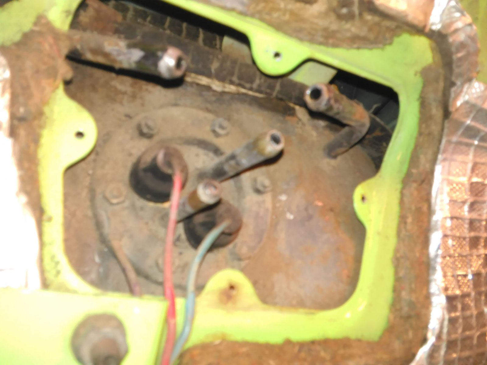 Gas Tank Connections - Close Up without Cover.jpg