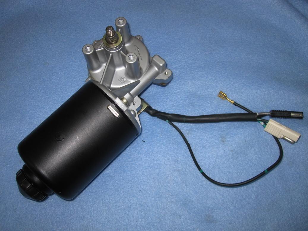 Headlight motor refurb 01_resize.JPG