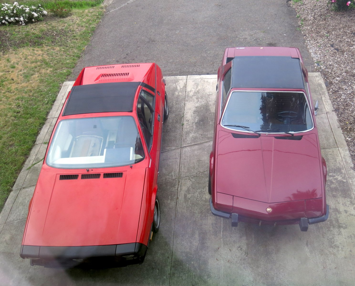 Lancia Pinn X1:20 & Fiat Bertone X1:9 top.JPG