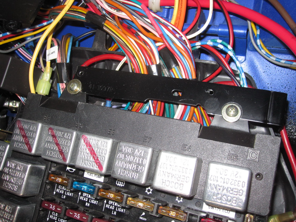 Wiring harness complete 03_resize.JPG