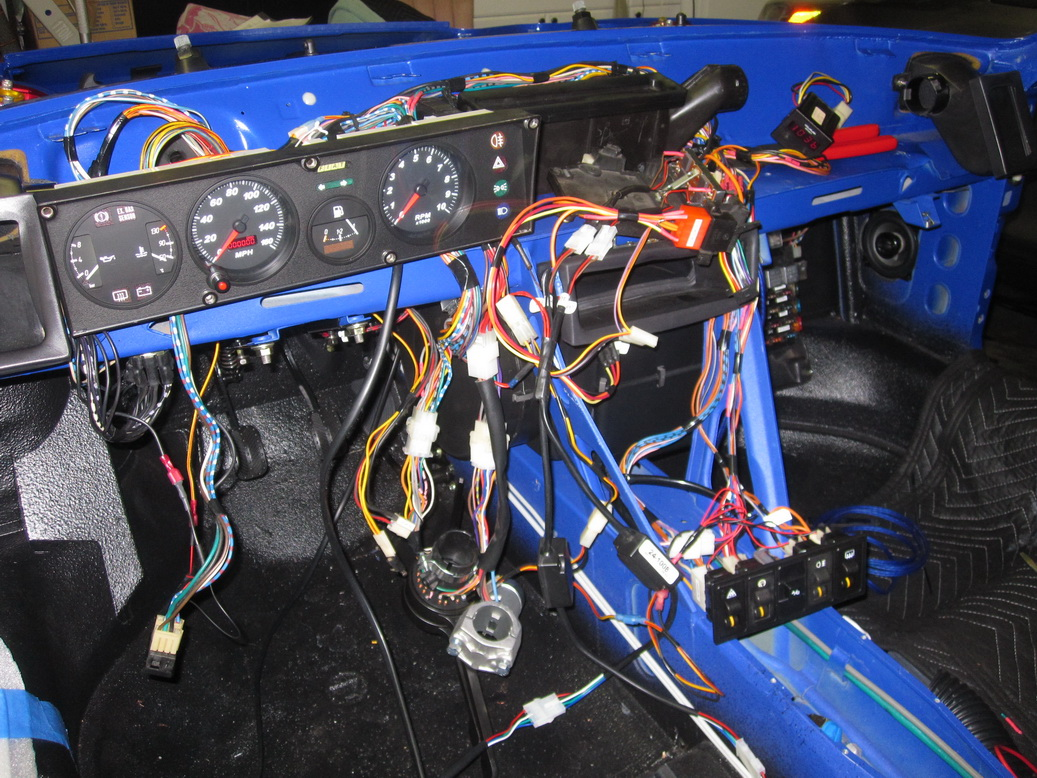 Wiring harness complete 07_resize.JPG