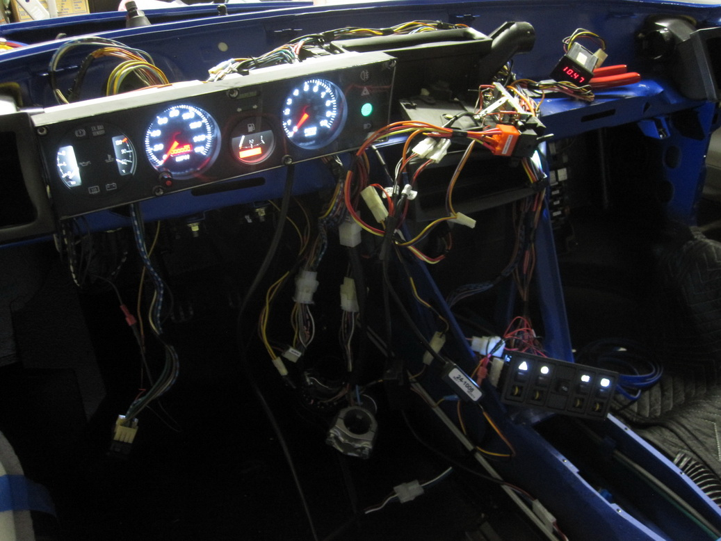 Wiring harness complete 09_resize.JPG
